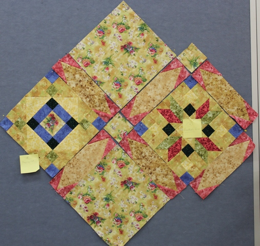 Jenny moved on to the pieced sashing - which creates a secondary pattern