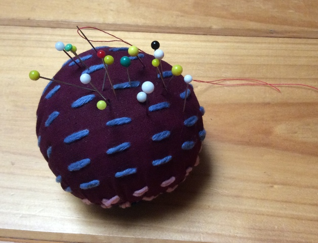 SJP_chiku pin cushion_1